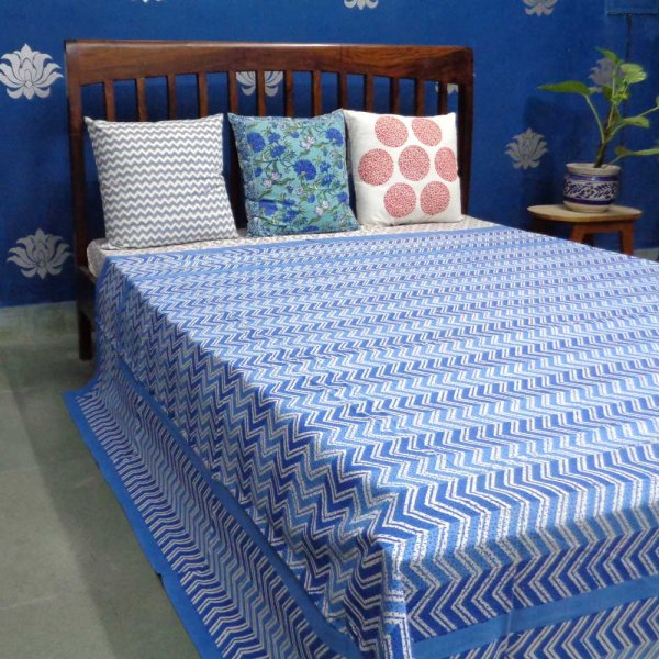 CHEVRON BLUE 4393 Bedspread in Cotton Handmade