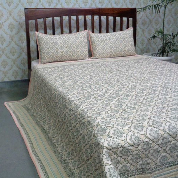 Indian Quilted Bedspread Queen Size | 106034