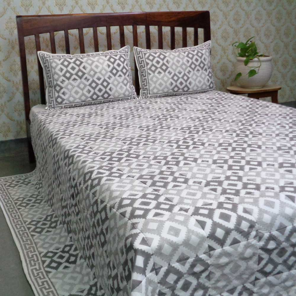 Indian Soft Cotton Quilted Bedspread Queen Size | 108607