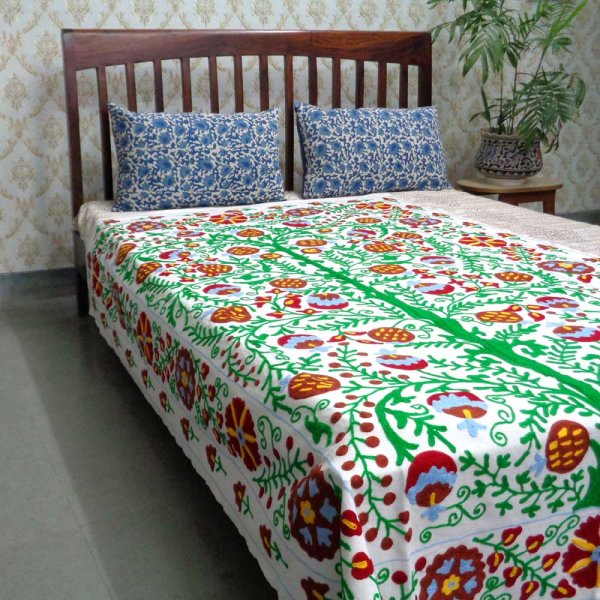 102794 SUZANI TWIN THROW beautifully crafted on Cotton Fabric
