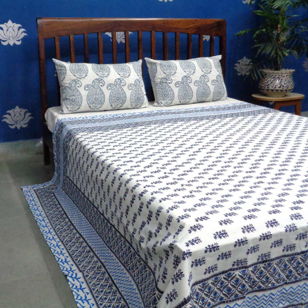 BOOTI BLUE 6817 Indian Cotton Bedspread Hand Block Printed by Roopantaran