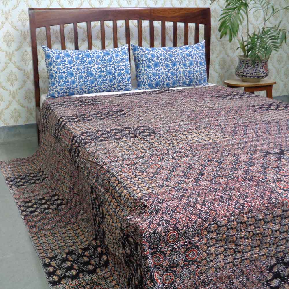 Hand Block Printed Cotton Queen Size Patchwork Bedspread Kantha | 107472