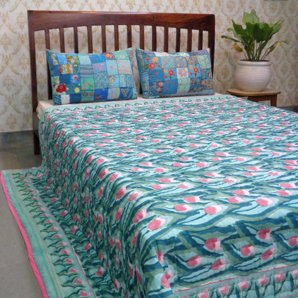 Hand Block Printed Cotton Queen Size Quilt | Lambi Patti Tulip 103435