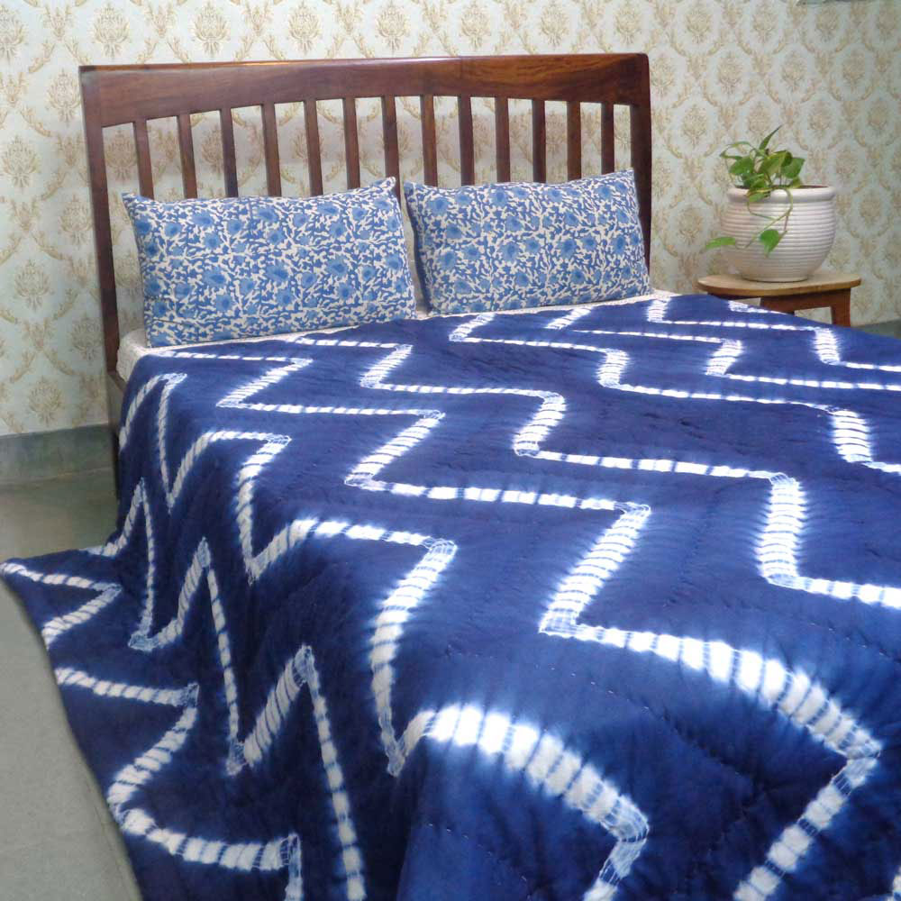 Hand-Dyed Shibori Style Cotton Quilt Queen Size | Leheria 109815