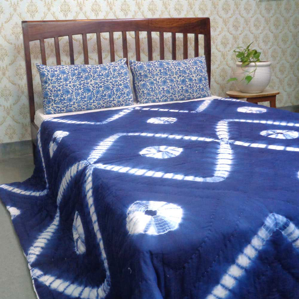Hand-Dyed Shibori Style Cotton Quilt Queen Size | Leheria Gola 109824