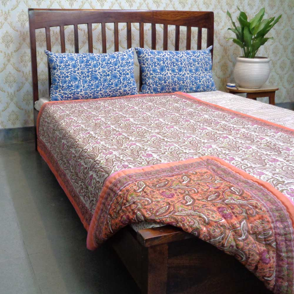 Hand Block Printed Cotton Twin Size Quilt | Paisley Delight Pink 101688