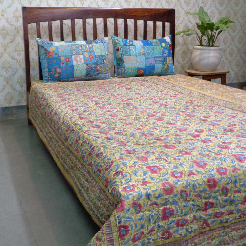 Hand Block Printed Cotton Twin Size Quilt | Registani Bale Pili 105434