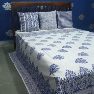 Taj Phool Nila Handmade Cotton Bedsheet Block Printed in Blue SKU 2536